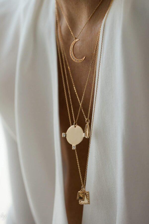 fanny-necklace-2