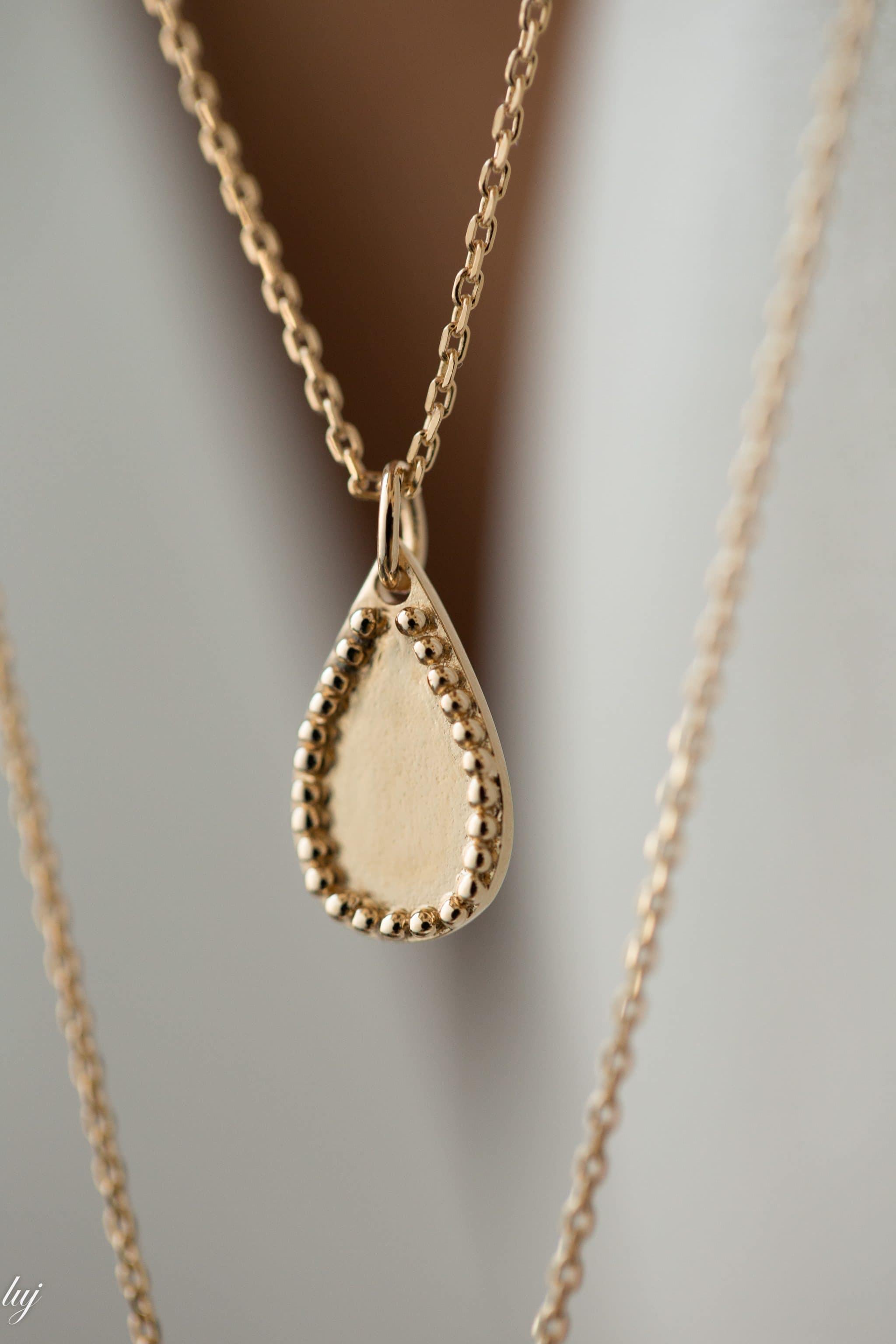 claire-necklace-2